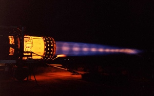 J58 on full afterburner, showing shock diamonds